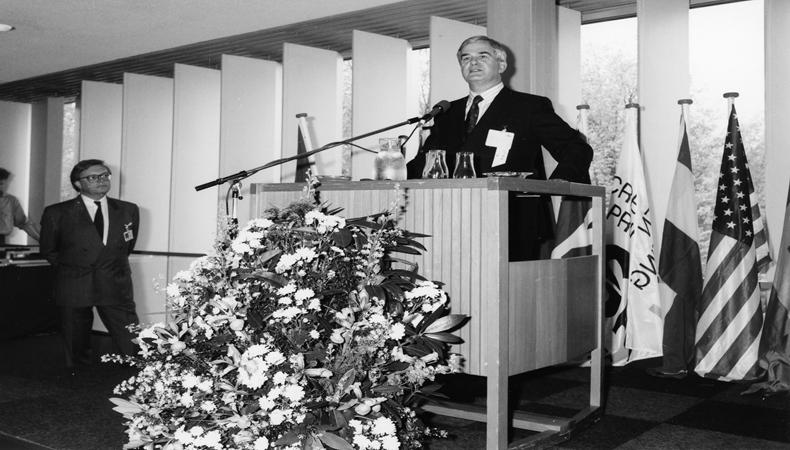 Former FESPA President, Derek Down Passes Away