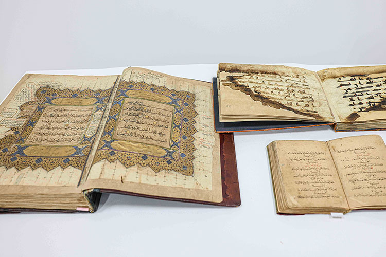 Sheikh Sultan Gifts Four Rare Manuscripts to the Holy Quran Academy